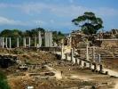 dsc_0256-salamina-widok-na-amfiteatr-gimnazjon-zbiorniki-z-woda