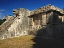 Chichen-itza Majowie Platforma jaguarów