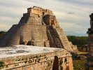 Uxmal Piramida wrozbity z czworokatu mniszek