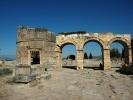 Hierapolis łuk Domicjana od ulicy