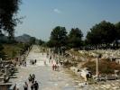 Efez po prawej teatr, gimazjon za nim palestra i ulica portowa na wprost