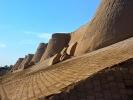 Chiwa Wewnetrzne Miasto - Iczna Kala mury Chiwy starej wraz z grobami