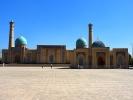 Taszkient kompleks Khazrati Imam - meczet i medresa Kukeldesz XVI dom na koran i meczet