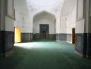 Shah i Zinda to jeden z najstarszych cmentarzy, pierwsze budowle z IX wieku Ostateczną formę nekropolia XIX wieku